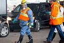 Le maire Coderre joue les inspecteurs d'égouts à Montréal