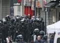 Des membres du RAID, groupe d'élite de la police française,...   18 novembre 2015