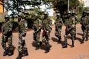 Trois suspects recherchés après l'attaquesanglante de Bamako