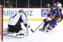 Les Islanders battent l'Avalanche 5-3