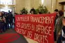 Les groupes communautaires manifestent de nouveau contre l'austérité