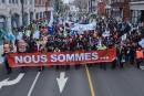 Les manifestants ne s'essoufflent pas