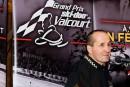 Jacques Villeneuveveut troquer la civière pour le podium