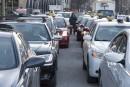 Taxis contre Uber: blocus à l'aéroport Montréal-Trudeau
