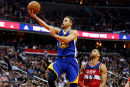 Stephen Curry marque 51 points dans un gain des Warriors
