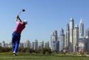 ErnieEls s'approche à un coup de la tête à Dubaï