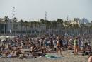 Le soleil de l'Espagne aimante les touristes qui fuient les destinations à risque