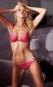 Soutien-gorge «Very sexy push up» rose de Victoria's Secret, 54,50$.... | 12 février 2016