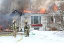 Une maison ravagée par le feu à Sainte-Catherine-de-Hatley