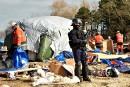 France: début du démantèlement d'une partie de la «jungle» à Calais