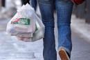 Bannir les sacs en plastique: Montréal fait fausse route, croient descentres de tri
