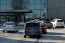 Uber: Québec songe à racheter des permis de taxi pour les louer