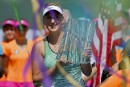 Azarenka surprend Williams en finale à Indian Wells