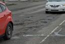Les nids-de-poule font même rager... les fabricants d'asphalte