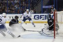 Le Lightning blanchit les Maple Leafs 3-0