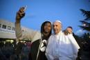 Le pape auprès des réfugiés sur l'île grecque de Lesbos