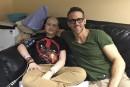 Ryan Reynolds salue une jeune victime du cancer