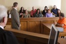 Une nuit en prison pour quatre candidats-jurés déserteurs