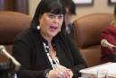 Un sous-ministre n'a pas à recevoir «d'ordres», selon Dominique Savoie