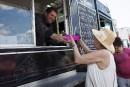 Le succès des camions-restaurants ne perturbe pas le maire