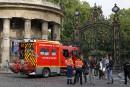 Onze personnes foudroyées à Paris