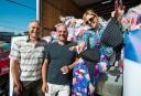 7500 vieux soutiens-gorge pour lutter contre le cancer du sein
