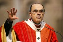 Le cardinal français Barbarin entendu dix heures par la police