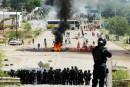 Mexique: des milliers d'enseignants protestent après les violences de dimanche