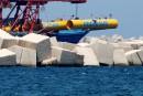 Des centaines de cadavres du pire naufrage de migrants recueillis