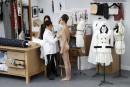 Défilé Chanel: plongée dans les ateliers de la haute couture