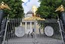 Les touristes suivent les traces de Poutine à Saint-Pétersbourg