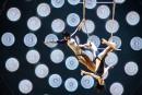<em>Tout écartillé</em>: le Cirque du Soleil capte la folie de Charlebois