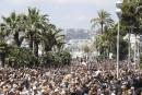 Minute de silence nationale en France, le premier ministre hué