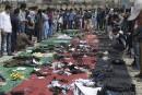 Des bougies et un deuil national après l'attaque à Kaboul