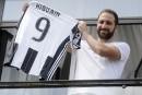 Higuain à la Juventus:le président de Naples dénonce une trahison