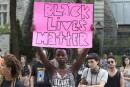 Des partisans de Black Lives Matter manifestent à Montréal