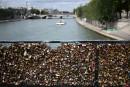 Paris lance une opération contre les «cadenas d'amour»