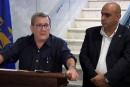 Labeaume «en colère» contre le service de taxis au Centre Vidéotron