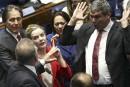Brésil: séance houleuse au procès en destitution de Rousseff