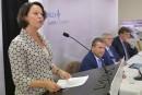 «Mégahôpital»: Barrette s'engage à respecter le budget et l'échéancier prévus