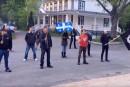 Un groupe d'extrême droite de Québecbombe le torse