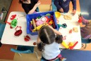 La garderie en bas âge protège contre les gastros