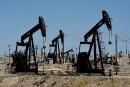 Un affaiblissement du dollar relance le pétrole