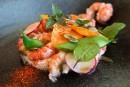 Écrevisses rafraîchies aux copeaux de légumes et crème montée auvinaigre decidre