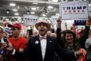 Donald Trump demande leur avis à ses supporteurs