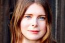 Plume féminine: regards ambitieux