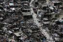 Haïti: désorganisation de l'aide, camps informels et bousculades