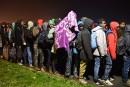 Début du démantèlement du camp de Calais