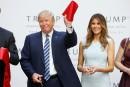 Trump en campagne pour la Maison-Blanche ouvre un nouvel hôtel