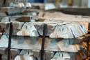 Québec et Ottawa dénoncent les tarifs américains sur l'aluminium